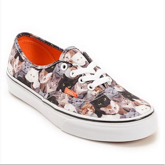 88c00b07b9c76 Vans ASPCA cat print classic sneakers size 9.5